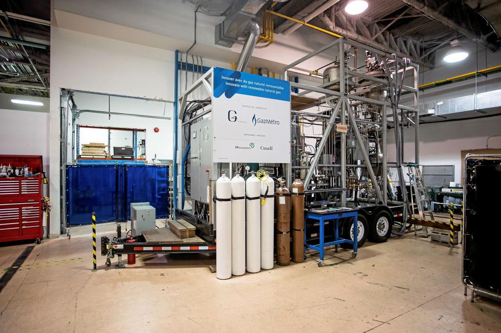 Cette unité de démonstration permet de transformer la biomasse forestière en gaz naturel.