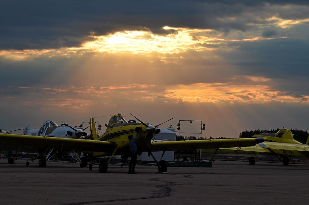 Les épandages de la SOPFIM se font très tôt le matin ou en soirée, car les vents doivent être de moins de 15 km/h pour faire ce type d'opération.